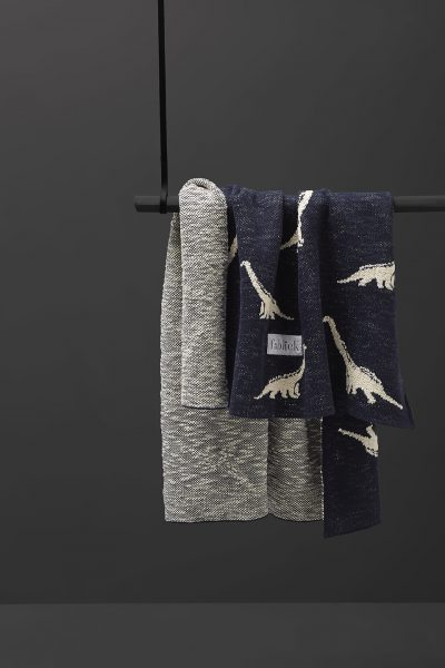 fabliekosaurus dinozaur cotton knitted blanket