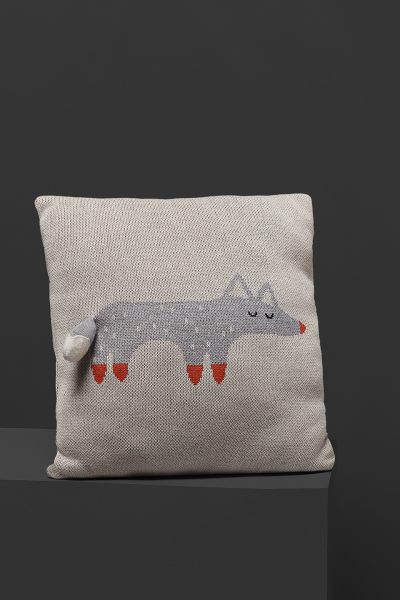 fabliek fox knitted pillow