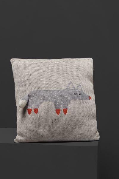 fabliek fox knitted pillow