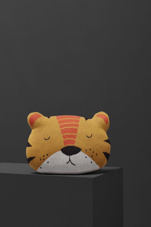 fabliek tiger pillow knitted pillow