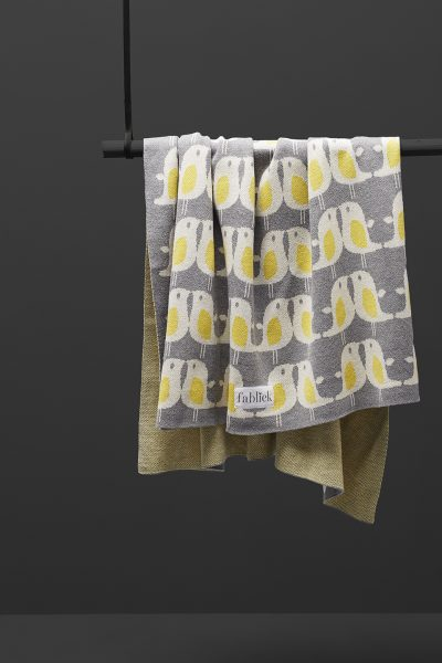fabliek yellow birds knitted blanket