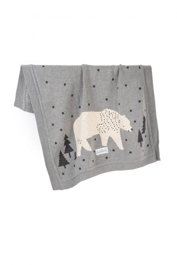 polar bear knitted jacquard cotton blanket