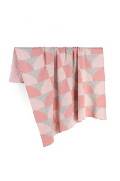 cotton knitted jacquard blanket pink hills